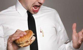 如何清除定做T恤衫/工作服等服装上面的顽固油污?