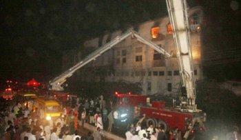巴基斯坦服装厂火灾致289人遇难 深圳服装厂行业应紧记