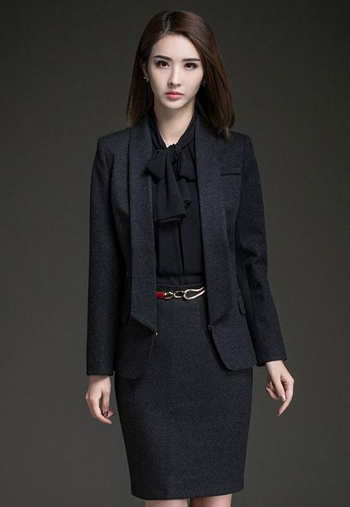 深蓝色时尚女职业西装订做款式